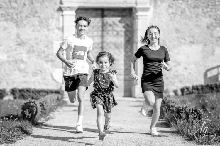 Séance famille en extérieur - Photographe sur Saint-Marcellin/Saint-Sauveur